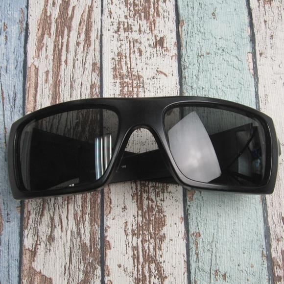 70915c188fe6c Oakley OO9253-01 Ballistic Det Sunglasses OLO306. M 5ba9297ac61777371c5035e0